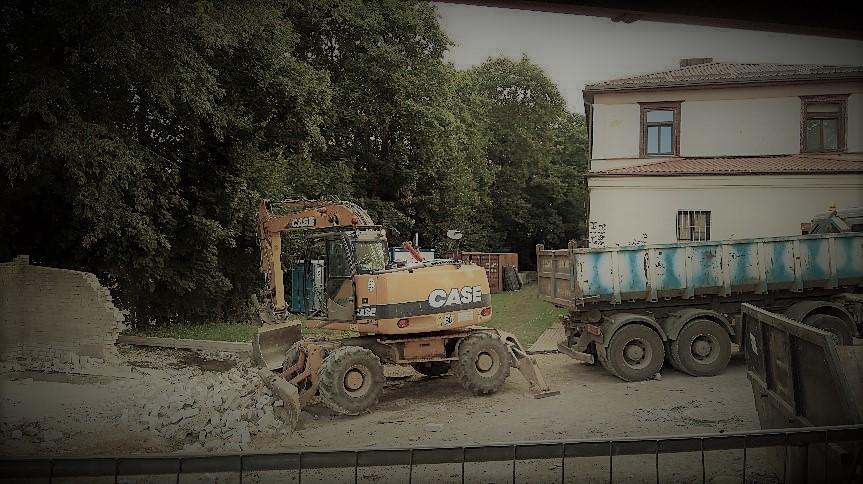 Kopar(k)a opada – garaże zburzone