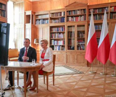 Para prezydencka_Andrzej Duda_Agata_Kornhauser_Duda_dary_Wilno_small