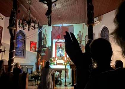 Ponad 2 tys. zł dla hospicjum od parafian w Gorzędzieju